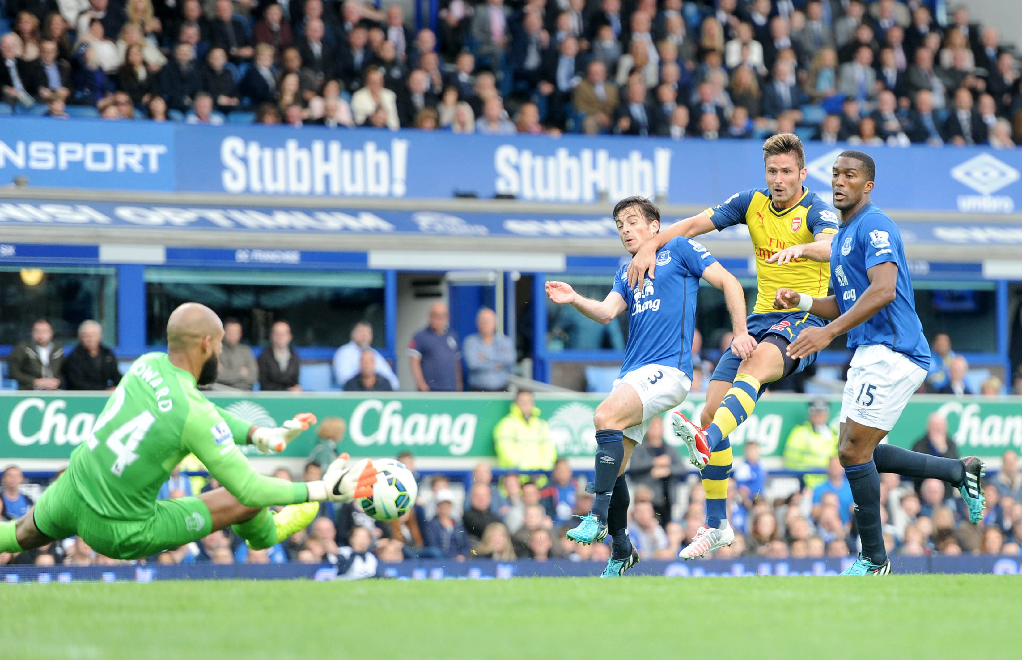 MPM-Everton_Arsenal_Giroud_1